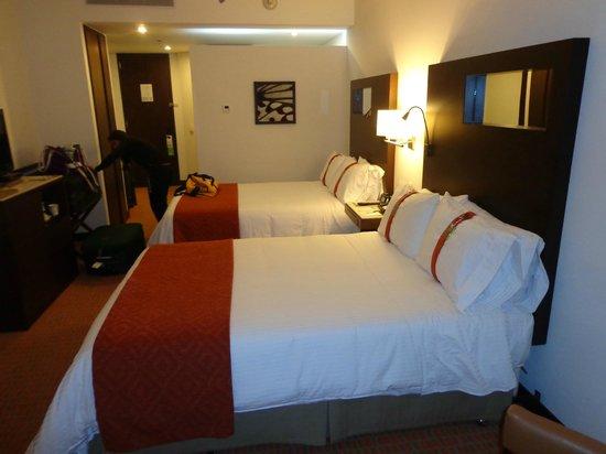 Holiday Inn Bogota Airport: Quarto