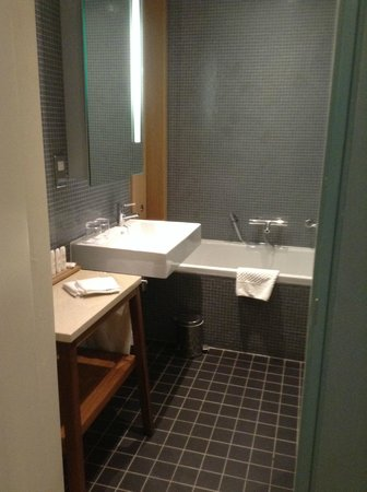 Farnham Estate Spa and Golf Resort : Bathroom