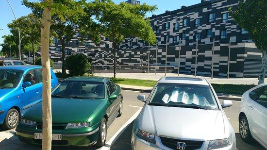 TRYP Zaragoza: exterior del hotel