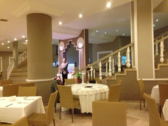 Alkoclar Adakule Hotel : レストラン