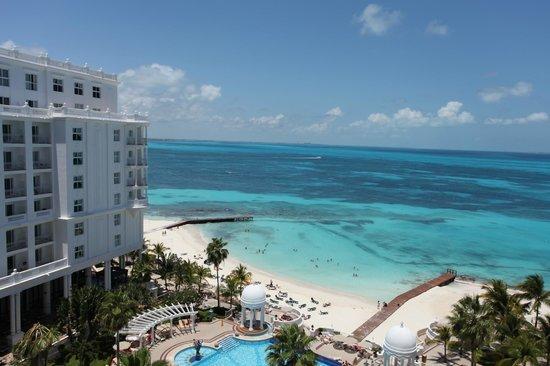 Hotel Riu Palace Las Americas : View from room 624