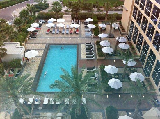 Centro Yas Island Abu Dhabi by Rotana : Room 653 view over pool