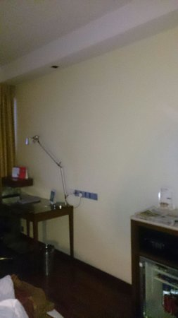 Royal Orchid Central : Club Room
