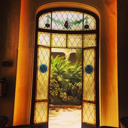 Gran Real Yucatan : Foyer is nice - rooms are average