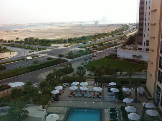Centro Yas Island Abu Dhabi by Rotana : Room 653 view up to beach at top