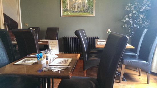 Priory Hotel Cartmel: The Dining Room