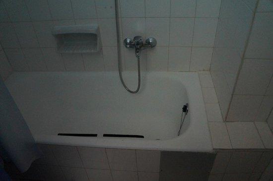 Hotel Rhodos Horizon Resort : ванна