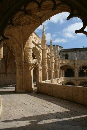 Jeronimos Monastery: Cloisters at Jeronimos