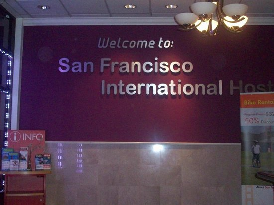 San Francisco International Hostel: Inside the Reception Area