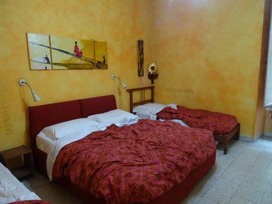 Momi Bed & Breakfast: Chambre