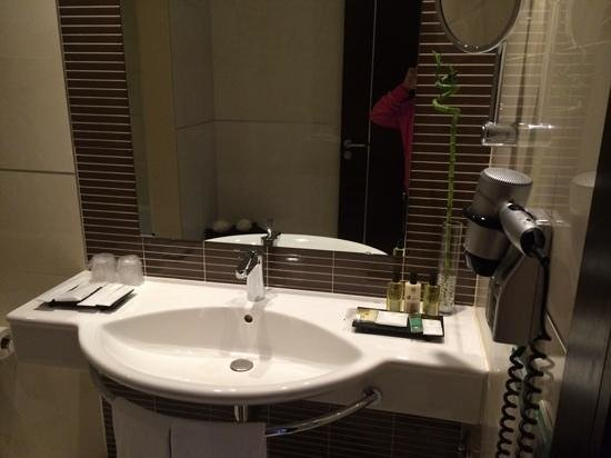BessaHotel Boavista: salle de bain