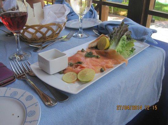 Fish Market: smoked salmon starter