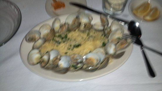 Sorrento's: Clams in white wine and garlic sauce over Linguine