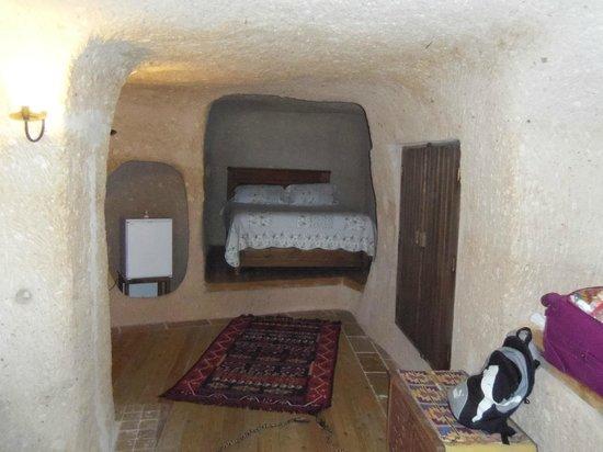 Takaev Cave Hotel & Guest House : côté nuit