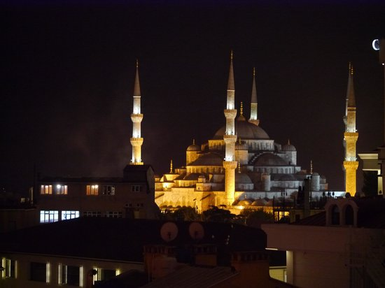 Telescopic Restaurant: Blue Mosque from dinner table