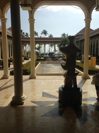 Paradisus Palma Real Golf & Spa Resort : Lobby View