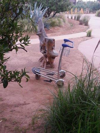 Fellah Hotel: Le chariot à Bagages de l'hôtel 5 étoiles!!!