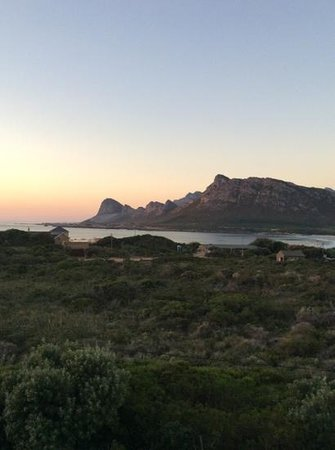 Moonstruck on Pringle Bay Guesthouse: amazing sunsets