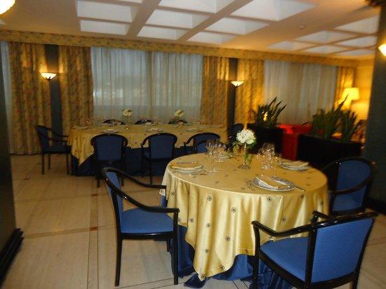 Hotel de la Ville: La sala ristorante