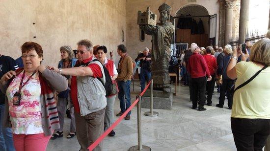 Duomo di Monreale : Turisti in fila