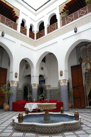 Riad El Yacout: Courtyard