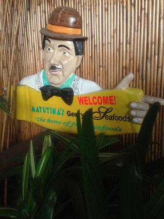 Matutina's and Gerry's Seafood House : signage