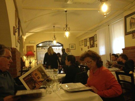 Interno Locale Picture Of Trattoria Gianni Bologna
