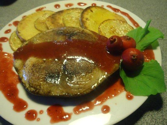 El ranchonda: Atún azul con calabaza a la plancha y salsa de Arazá.