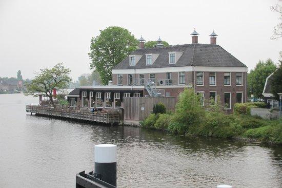Het Rechthuis aan den Amstel : Ansicht komplett