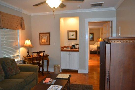 The Beaufort Inn: Port Republic living area, looking into bedroom