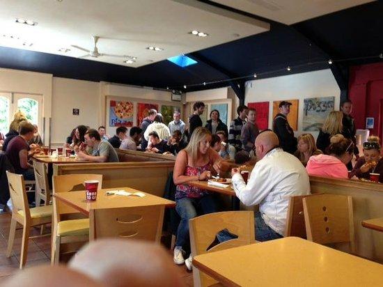 Pizza Hut Chertsey Staines Ln Restaurant Reviews
