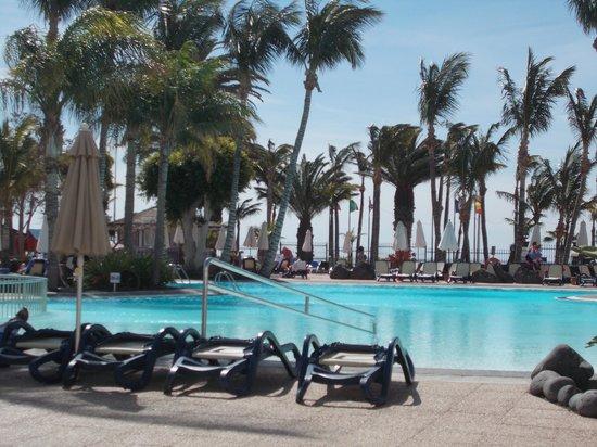 Hipotels La Geria: Pool