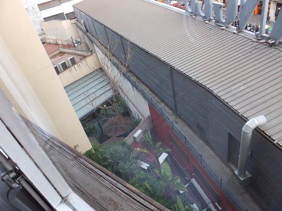 Hotel Regina Barcelona: vue de la chambre