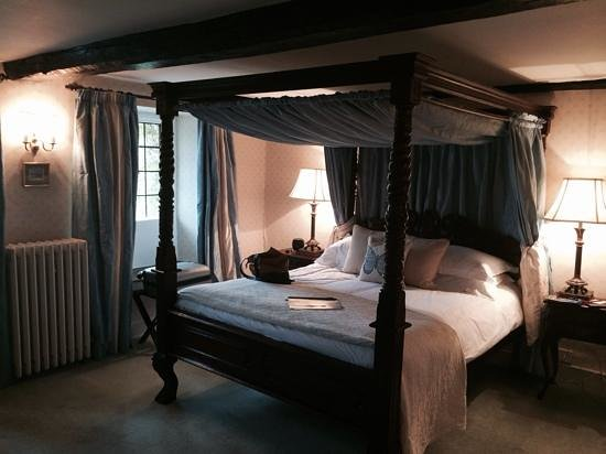 Guyers House Hotel: room 1.quirky, but spotless and comfortble