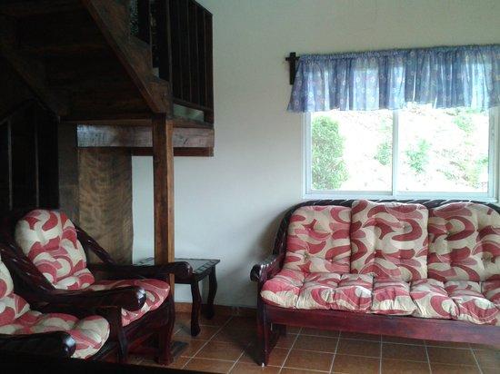 Cabañas El Parador: Sala de Cipres