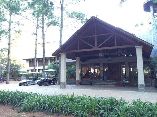 Carmelo Resort & Spa. A Hyatt Hotel: Entrance