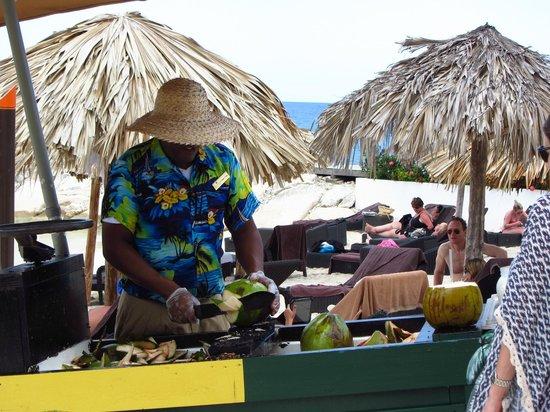 Secrets Wild Orchid Montego Bay : Fresh Coconut Milk