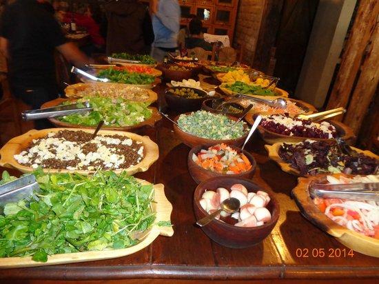 Almacen de Uco: Mesa de ensaladas
