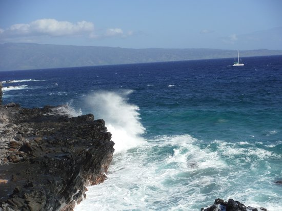 Kapalua Coastal Trail: Dramatic scenery on Kapalua Trail