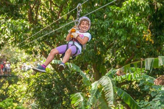 Gran Pacifica Beach and Golf Resort : Go Ziplining!