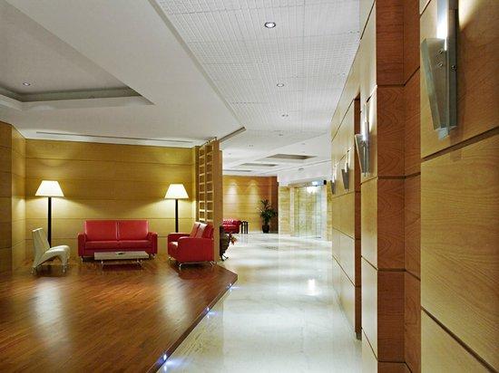 Athineon Hotel: Lounge Cafe Area