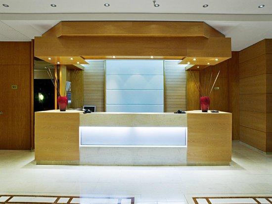Athineon Hotel: Reception