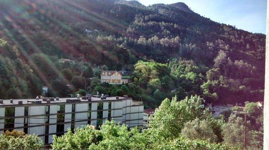 Moderna do Gerês Hotel: Vista do apartamento