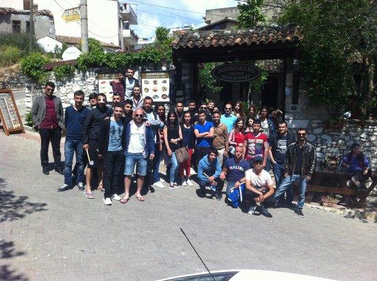 Boomerang Guesthouse & Restaurant : Mersin Ünv. @ the Boomerang Garden Restaurant :-))