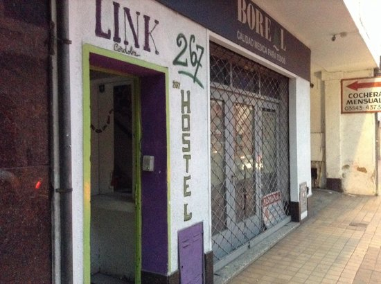 Link Cordoba Hostel: Not the best by far