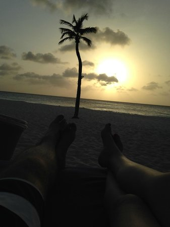 Bucuti & Tara Beach Resort Aruba: Sunset on the beach