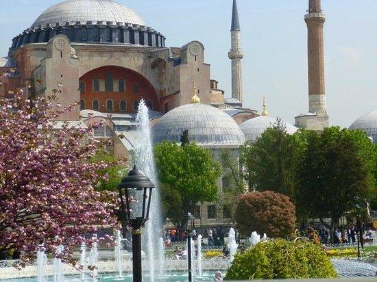 Bitinya Day Tours : Hagia Sophia