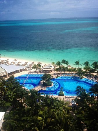 Hotel Riu Caribe : View from our room