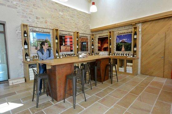 Chateau de Chamirey: tasting room