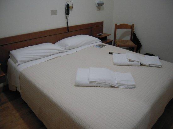 Hotel Roma : Stanza3